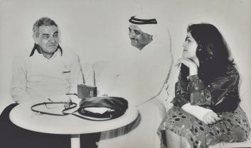 الأستاذ فضل النقيب مع شاعر اليمن الكبير عبدالله البردوني والأديبة الروائية سميحة خريس من الأردن