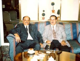 مع محسن محمد ثابت النقيب تاريخ 23-11-2000