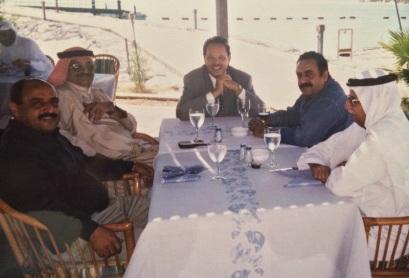 مع علي ناصر وسالم صالح في ابوظبي