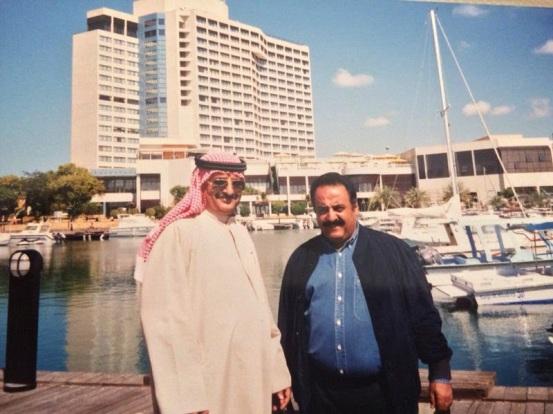 مع سالم صالح امام فندق الأنتركونتننتال أبوظبي